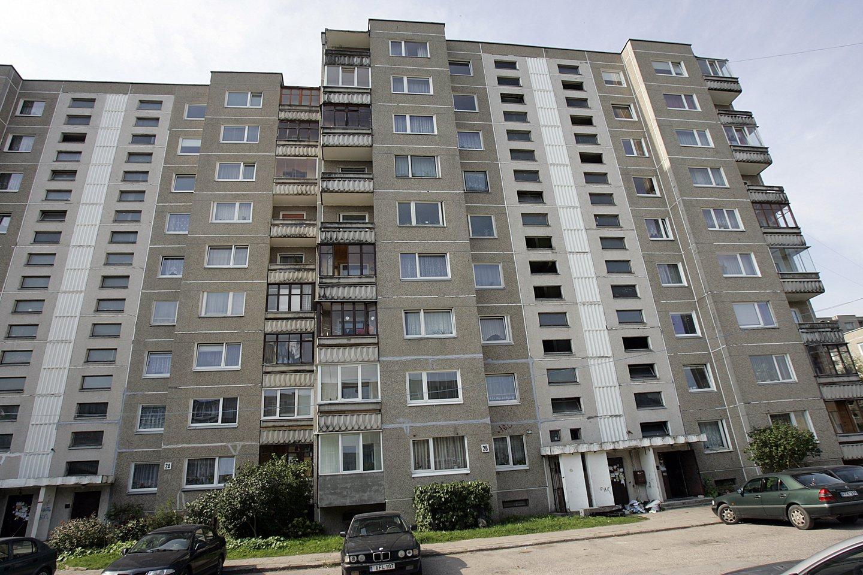 Kaip jau tapo įprasta, Vilniuje pasiektas dar vienas pirminės būsto rinkos aktyvumo rekordas. Per balandžio mėnesį sudarytas net 1141 susitarimas dėl naujos statybos būsto pardavimo (iš viso susitarimų – 1166, atšauktų ankstesnių susitarimų – 25).<br>V.Balkūno nuotr.