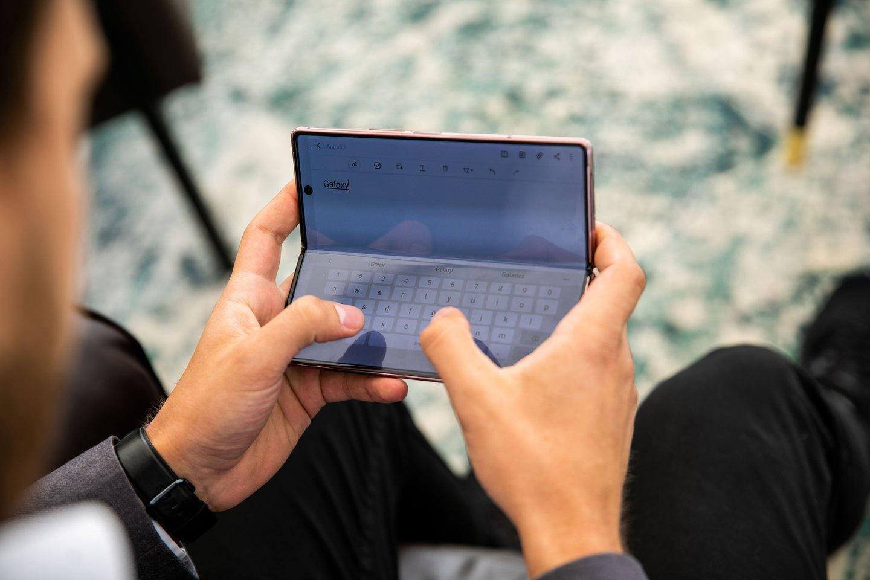 """Nepaisant pasaulinės pandemijos sukeltų iššūkių, """"Samsung Electronics Baltics"""" 2020 metus baigė sėkmingai.<br>""""Samsung"""" nuotr."""