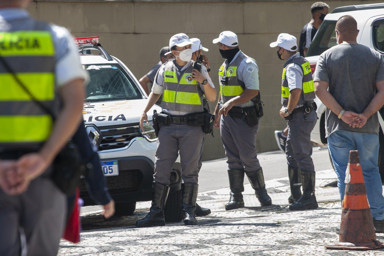 Šiurpus išpuolis Brazilijoje: mačete ginkluotas paauglys mokykloje nužudė keturis žmones.<br>Zumapress/Scanpix nuotr.