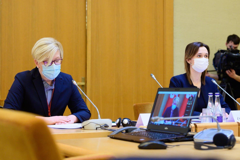 Ant Vyriausybės stalo – galutinis sprendimas dėl galimybių paso: štai kas lauktų.<br>V.Skaraičio nuotr.