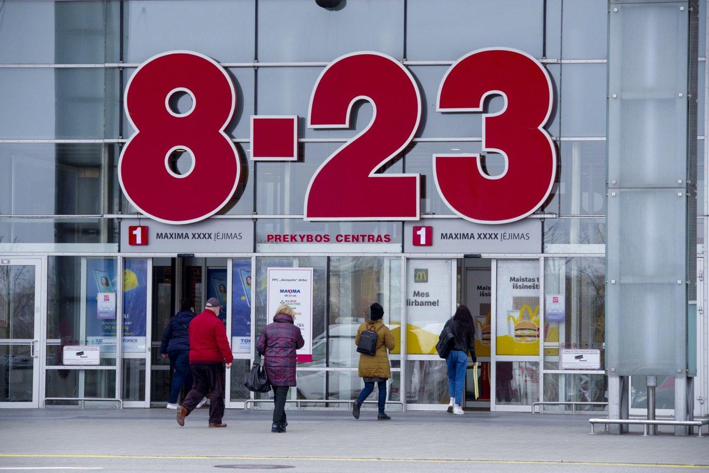 Klaipėdiečiai maisto parduotuvėse randa brangesnius maisto produktus. Vilniuje kišenes tuština paslaugų kainos.<br>V.Ščiavinsko nuotr.