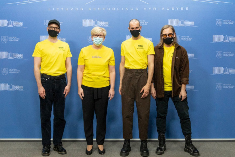 """Prieš išvykstant į """"Euroviziją"""" – """"The Roop"""" apsilankymas Vyriausybėje.<br>lrv.lt nuotr."""