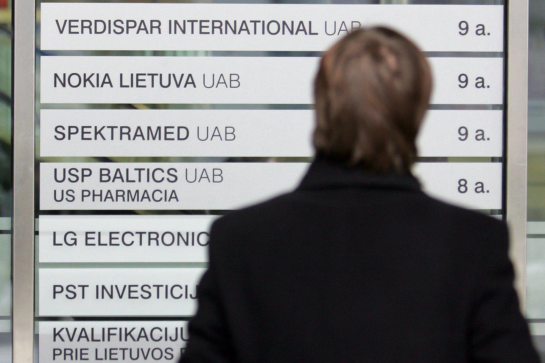 """Ekonomikos ir inovacijų ministerija taip pat atkreipia dėmesį, kad Registrų centrui nuolat teikiami registracijai pavadinimai, kuriuose vartojamos """"q"""", """"x"""" ar """"w"""" raidės.<br>V.Balkūno nuotr."""