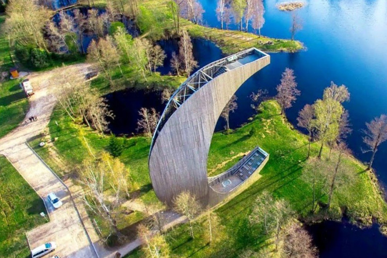 Smengančia kanoja praminto Biržų regioninio parko apžvalgos bokšto lankymas kol kas neapmokestintas.<br>A.Švelnos ir redakcijos archyvo nuotr.