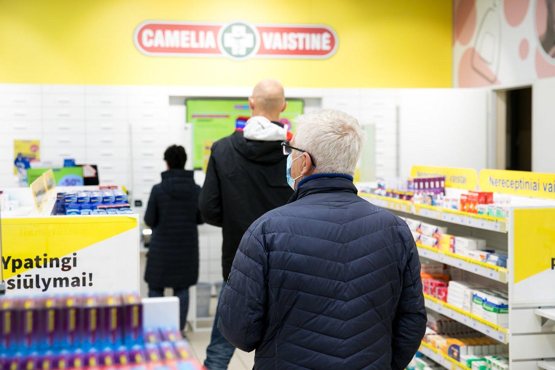 """Pandeminiu laikotarpiu išaugo tiek būtiniausių vaistų, tiek ir maisto papildų ar sveikatos įrangos poreikis.<br>""""Camelia"""" nuotr."""