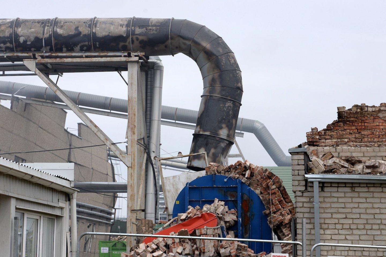 Kol kas neaišku, kodėl Klaipėdoje įmonę sudrebino galingi sprogimai.<br>V.Jurevičienės/ve.lt nuotr.
