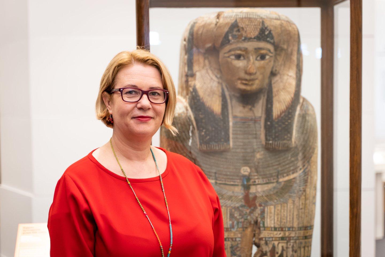 Muziejaus direktorė Rūta Kačkutė sako, kad Istorijų namuose lankytojas yra kviečiamas pažinti istoriją visapusiškai.<br>LNM (S.Samsono) nuotr.