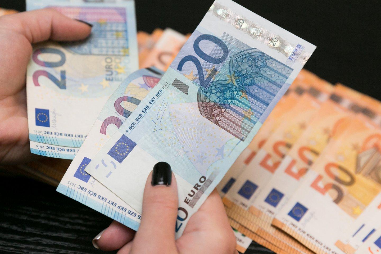 Mokėjimo grynais pinigais ribojimai nebus taikomi nei pensijoms, nei pašalpoms.<br>T.Bauro nuotr.