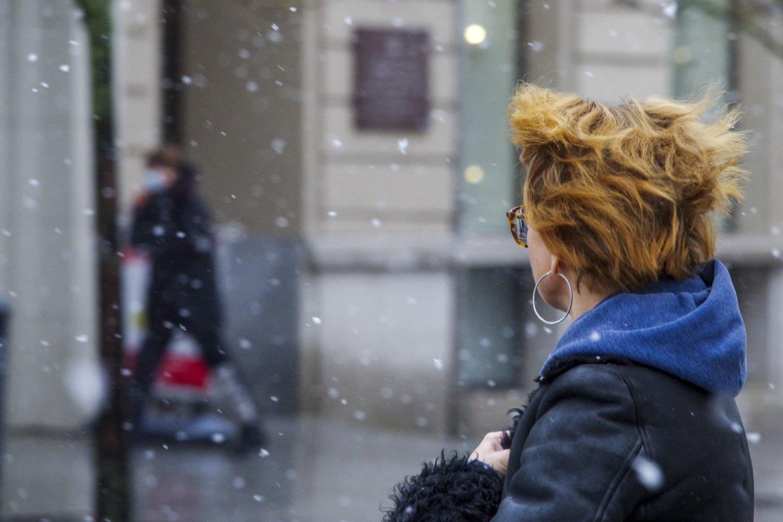 Sniegas,pavasaris,Vilnius,žmonės,orai<br>V.Ščiavinsko nuotr.