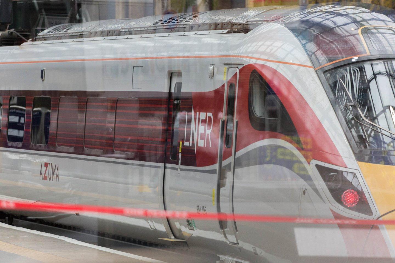 Jungtinėje Karalystėje greituosiuose traukiniuose aptikus įtrūkimų sutriko susisiekimas geležinkeliais. <br>ZUMA Press/Scanpix nuotr.