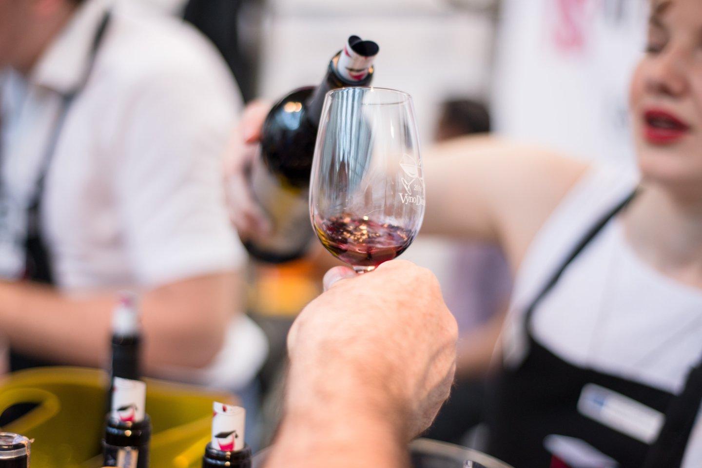 Kada alkoholio ribojimai galėtų būti pakeisti, kol kas neaišku, tačiau tikimasi tą padaryti jau nuo kitų metų.<br>J.Stacevičiaus nuotr.