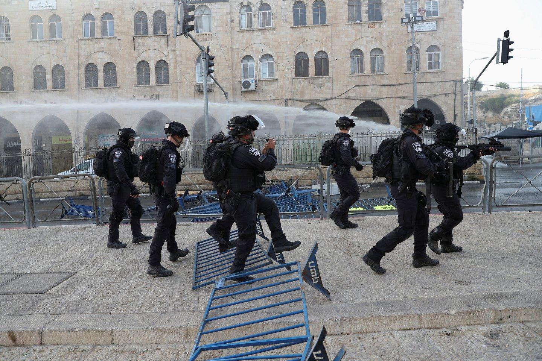 """Įtampa auga: """"Hamas"""" surengė raketų ataką prieš Jeruzalę.<br>Reuters/Scanpix nuotr."""