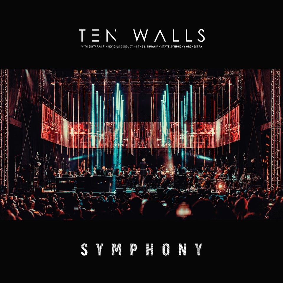 """Albumo """"Symphony"""" dviguba vinilinė plokštelė prekyboje pasirodys jau gegužės 28 dieną."""
