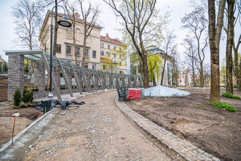 Atnaujintas Reformatų sodas birželį bus pasiruošęs priimti pirmus lankytojus.<br>E.Čingos nuotr.