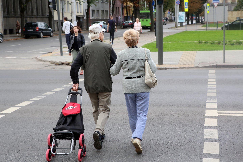 Dėl pensijų fondų aistros netyla – Seimui atmetus socialdemokratų siūlymą leisti iš pensijų fondų pasitraukti visiems, šie ruošia naują.<br>M.Patašiaus nuotr.