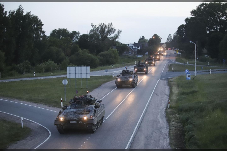Gegužės 15 d., minint Partizanų pagerbimo, kariuomenės ir visuomenės vienybės dieną, Varėnoje ir Lazdijuose Lietuvos kariuomenė organizuoja Žygį per Pietų Lietuvą.<br>KAM nuotr.