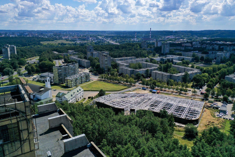 Vilniaus miesto savivaldybė iki 2030-ųjų sieks atnaujinti sovietmečiu statytus rajonus juos labiau pritaikant šiuolaikinei gyvensenai, dalį gatvių žadama labiau pritaikyti pėstiesiems per artimiausius dvejus metus.<br>V.Ščiavinsko nuotr.