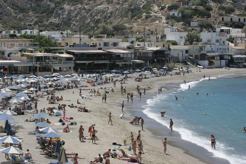 Remiantis vyriausybės trečiadienį paskelbtomis gairėmis, į Graikijos salas keliaujantys turistai turi pateikti vakcinacijos sertifikatą arba neigiamą COVID-19 testo rezultatą.<br>A.Barzdžiaus nuotr.