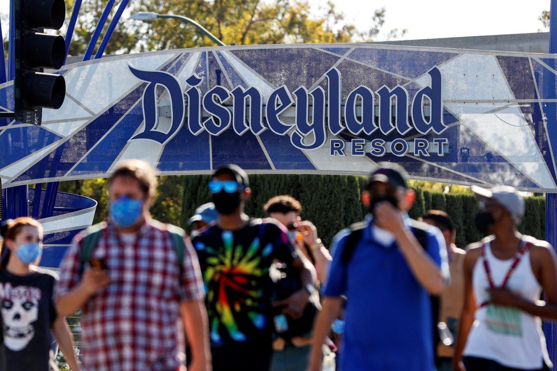 """""""Walt Disney"""" grynasis pelnas beveik padvigubėjo, kai lankytojams vėl atsivėrė pramogų parkai.<br>""""Scanpix"""" nuotr."""