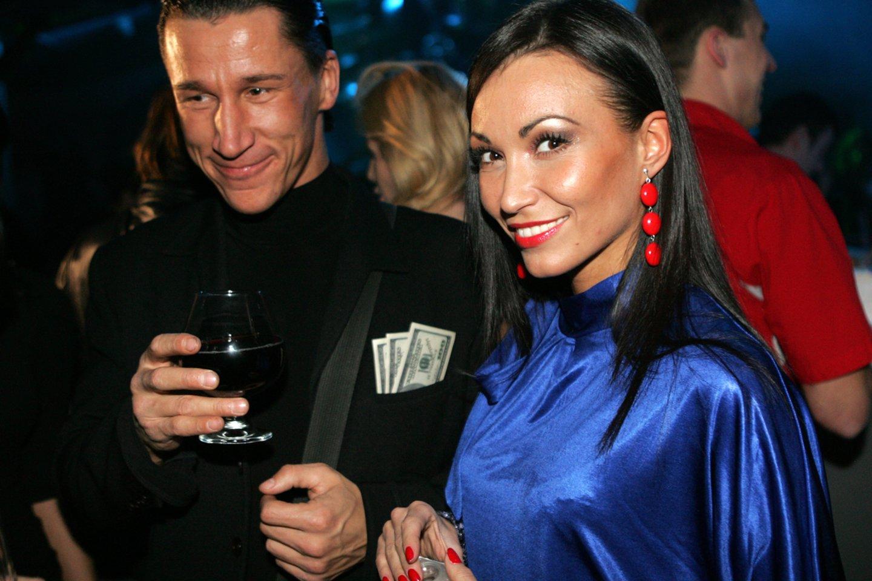 Saulius Skambinas ir Karina Krysko 2008-ųjų gruodį.<br>V.Balkūno nuotr.