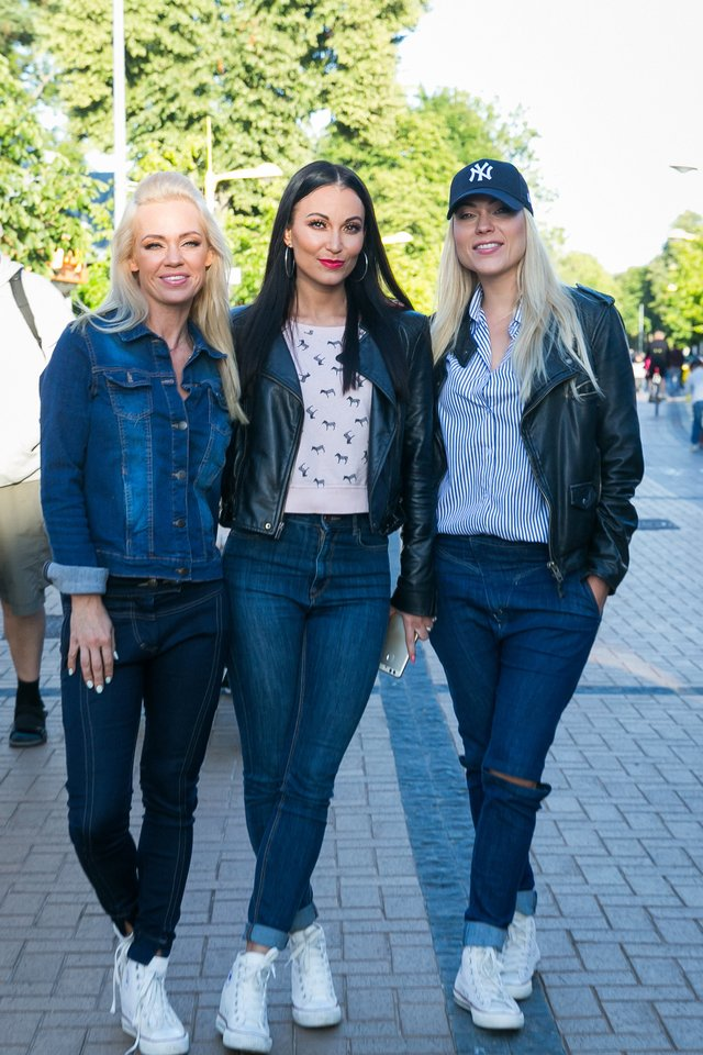 Ingrida Martinkėnaitė, Karina Krysko ir Nijolė Pareigytė 2017-ųjų liepą.<br>T.Bauro nuotr.