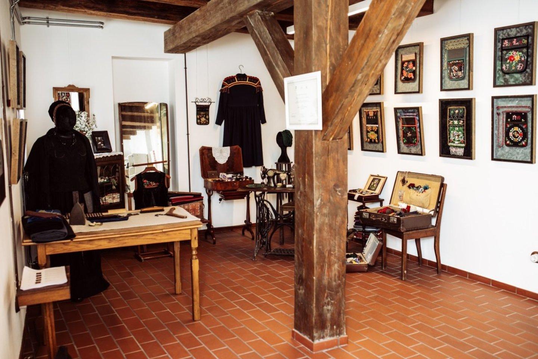 Delmonų galerija Meno kieme.