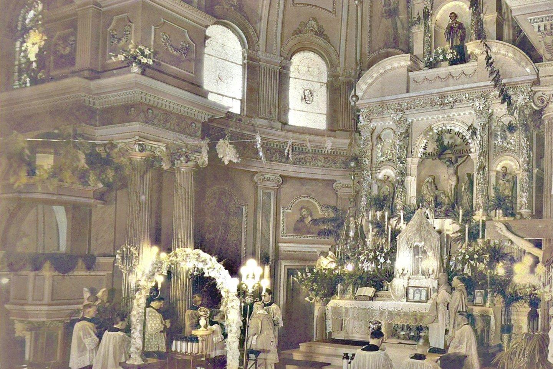 """Pensilvanijos lietuviai šią raudonų plytų neobaroko stiliaus bažnyčią atidarė 1902 metais. Tačiau 1992-aisiais sujungus kelias katalikiškas parapijas didžiausia lietuvių šventovė Pitsberge visiems laikams užvėrė duris tikintiesiems.<br>""""Wikimedia Commons"""" nuotr."""
