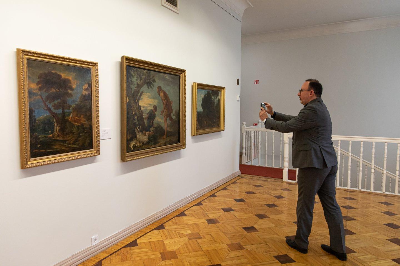 Rokiškio kolekcijos paroda Vilniuje.