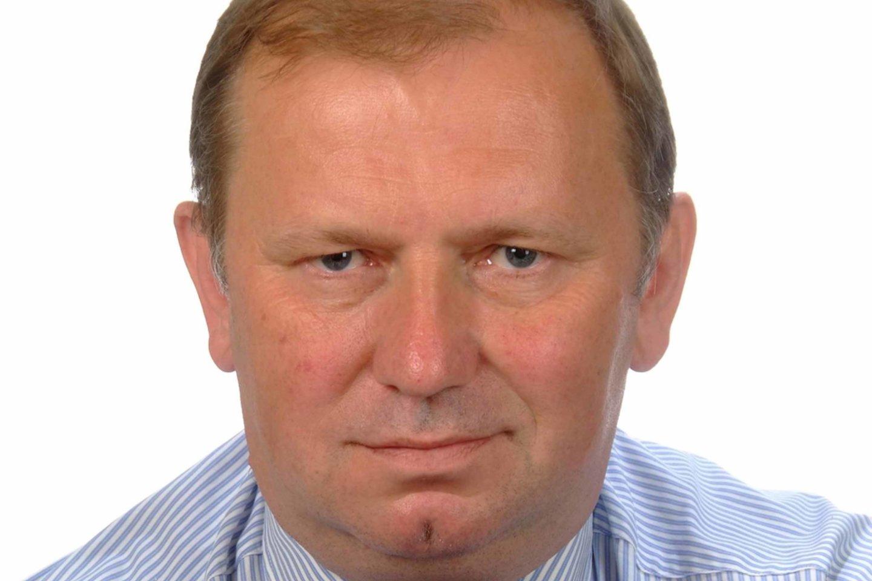 D.Pūras – psichiatras, Vilniaus universiteto psichiatrijos klinikos profesorius, žmogaus teisių specialistas.
