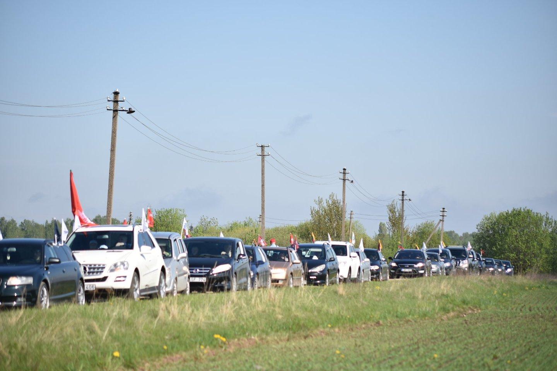 Šeimų maršo dalyvių susirinkimas ir išlydėjimas Panevėžyje.<br>J.Ančerevičiaus (jp.lt) nuotr.