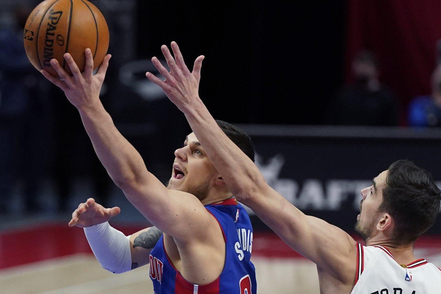 Karjeros mačus sužaidę lietuviai sulaukė pagyrų iš trenerių.<br>AP/Scanpix nuotr.