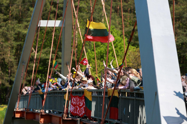 Maršo kolona prie Kauno.<br>G.Bitvinsko nuotr.