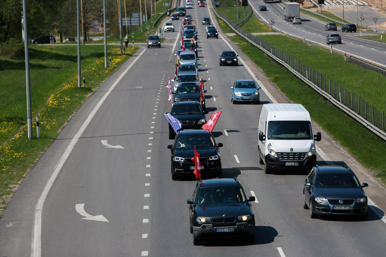 Šeimų maršas prie Kauno.<br>G.Bitvinsko nuotr.