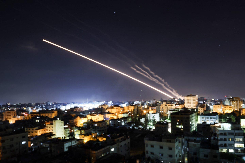 Vašingtonas sulaukė kritikos dėl esą nepakankamų pastangų sustabdyti Artimuosiuose Rytuose besiplečiantį smurtą.<br>AFP/Scqanpix nuotr.