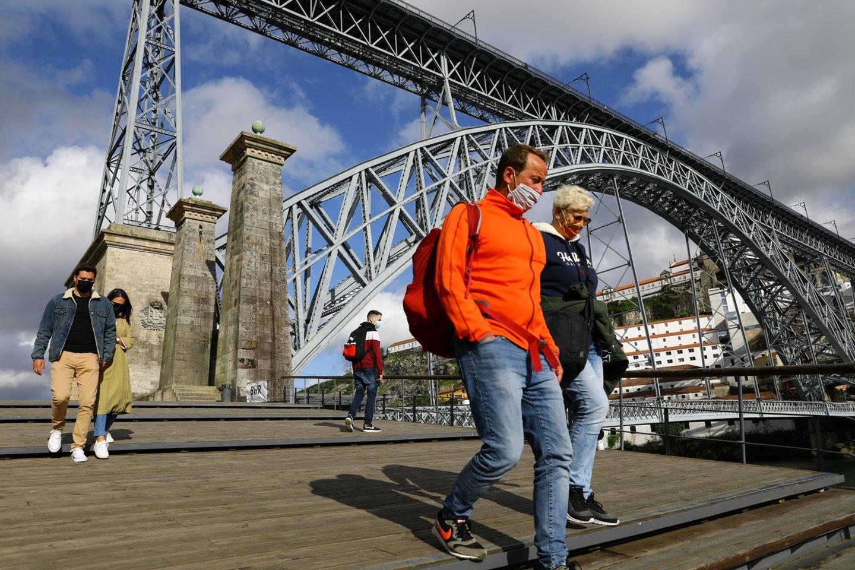 """Būtiniausių kelionių apribojimas bus taikomas penkioms ES šalims – Kiprui, Kroatijai, Lietuvai, Nyderlandams ir Švedijai.<br>""""Reuters/Scanpix"""" nuotr."""