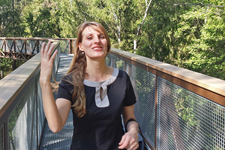 Artimiau gydytoją L.Šilinskytę pažinoję žmonės ją prisimena, kaip gyvenimu besidžiaugusią, bet principingą ir stumdyti ją neleidusią moterį. Pasak artimųjų, ji prieš pat atleidimą iš darbo grįžo linksma ir pailsėjusi iš atostogų Madeiros saloje.<br>Nuotr. iš šeimos asmeninio albumo