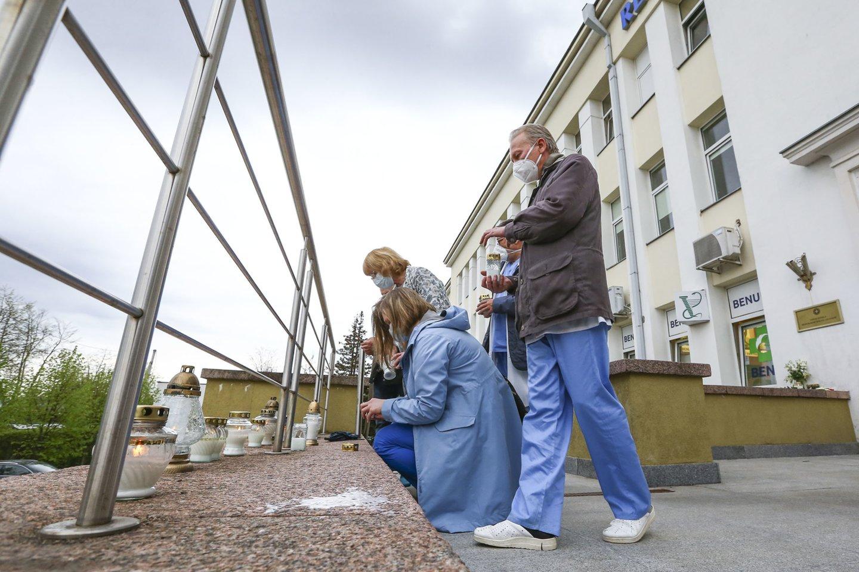"""Respublikinė Šiaulių ligoninė naujus darbuotojus vilioja, žadėdama""""draugišką aplinką ir puikią komandą.""""<br>G.Šiupario nuotr."""