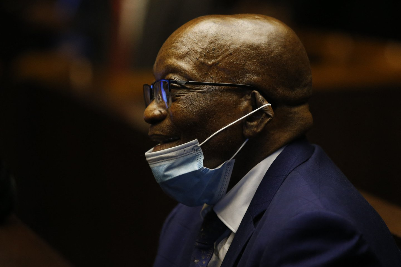 PAR teismas imasi eksprezidento J. Zumos kelių dešimtmečių senumo bylos dėl kyšininkavimo. <br>AFP/Scanpix nuotr.