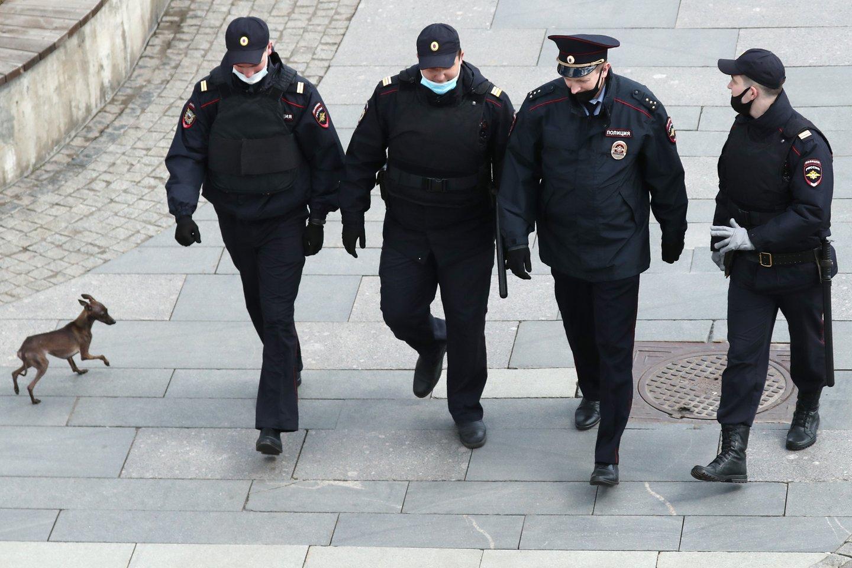 """Naujienų agentūros """"Interfax"""" šaltinis sakė, kad tris aukas užpuolė peiliu ginkluotas vyras. (Asociatyvi nuotr.)<br>TASS/Scanpix nuotr."""