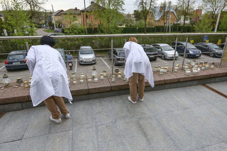 Šiaulių medikai neslepia baimės dėl veiksmų Šiaulių ligoninėje, kur nusižudė gydytoja.<br>G.Šiupario nuotr.