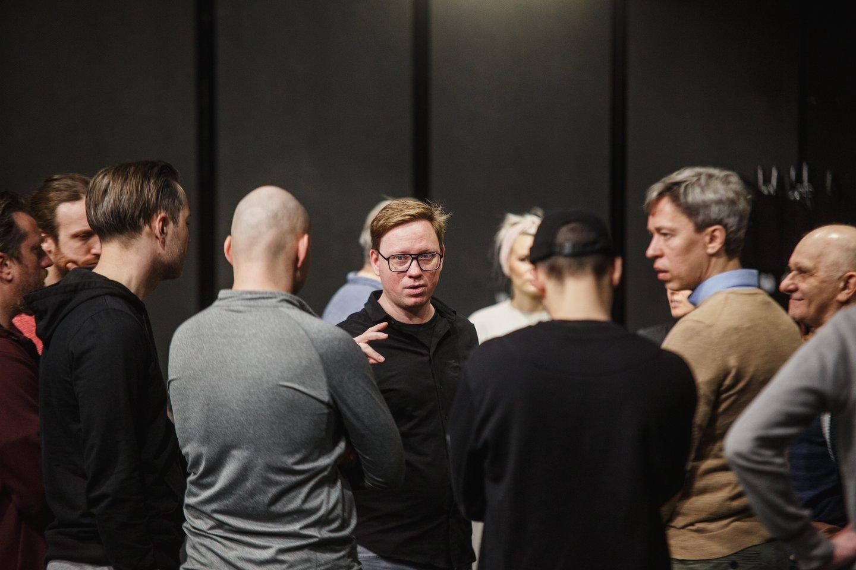 L.Wojcikas (viduryje) - spektaklio apie M.Caravaggio gyvenimą muzikos kūrėjas.<br>KVDT nuotr.