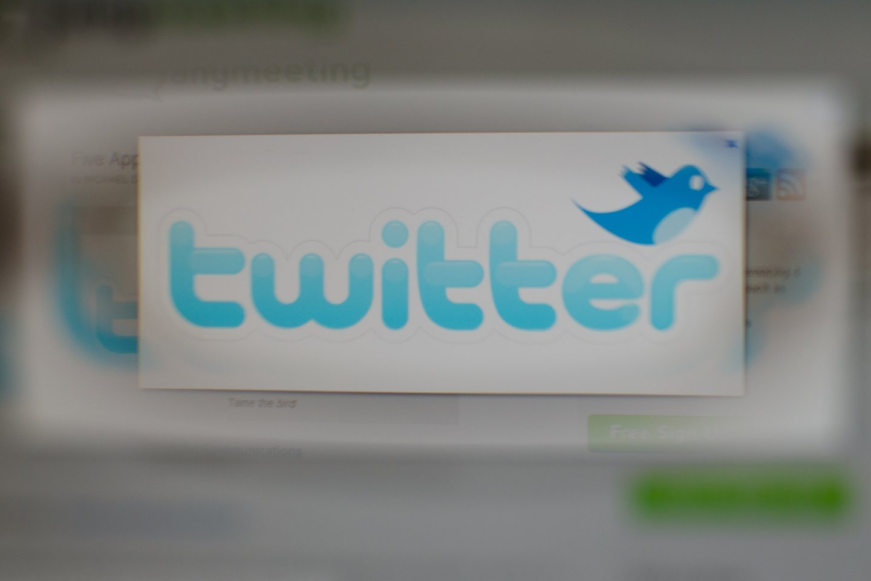 """Rusijos žiniasklaidos priežiūros institucija """"Roskomnadzor"""" kovo viduryje sulėtino """"Twitter"""" spartą, apkaltinusi bendrovę nepašalinus turinio, susijusio su vaikų pornografija, narkotikų vartojimu bei raginimais nepilnamečiams nusižudyti.<br>D.Umbraso nuotr."""