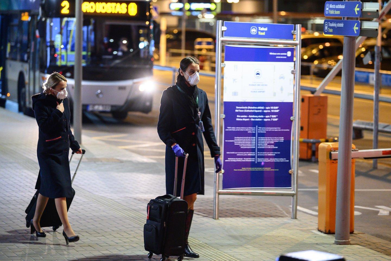 karantinas, oro uostas, korona virusas, policija<br>V.Skaraičio nuotr.