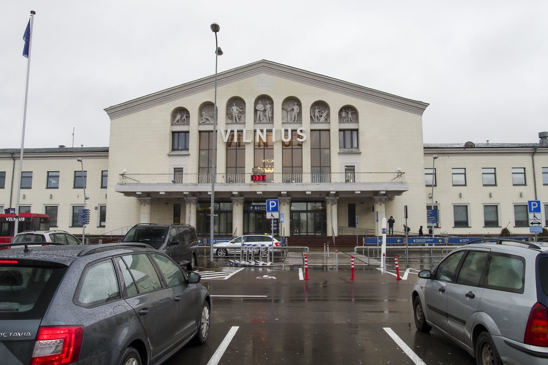 Dėl pandemijos Vilniaus oro uoste darbo neteko apie 80 žmonių.<br>V.Ščiavinsko nuotr.