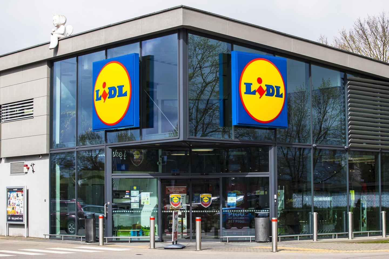 """""""Lidl"""" didina atlyginimus logistikos sandėlio darbuotojams ir ieško naujų.<br>LIDL nuotr."""