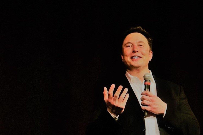"""""""Tesla"""" ir """"SpaceX"""" vadovas Elonas Muskas yra vienas iš turtingiausių planetos gyventojų.<br>commons.wikimedia.org nuotr."""