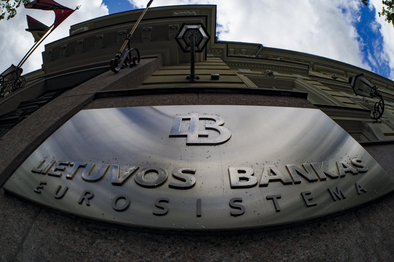 """""""Financial Times"""" kalbinti Vokietijos politikai kritikavo Lietuvos banką už nepakankamą fintech įmonės priežiūrą.<br>V.Ščiavinsko nuotr."""