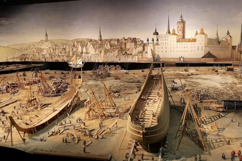 Miniatiūrų maketas: laivo statymo darbai.<br>A. Rutkausko nuotr.