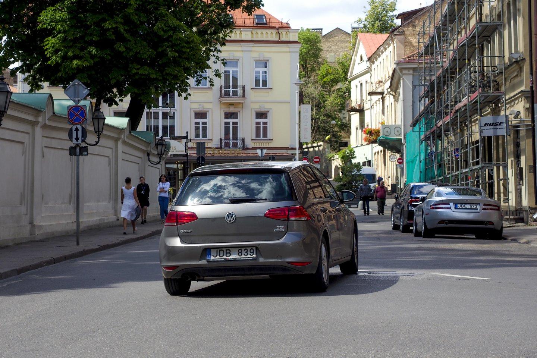 Kilpinis eismas Vilniaus senamiestyje.<br>V.Ščiavinsko nuotr.