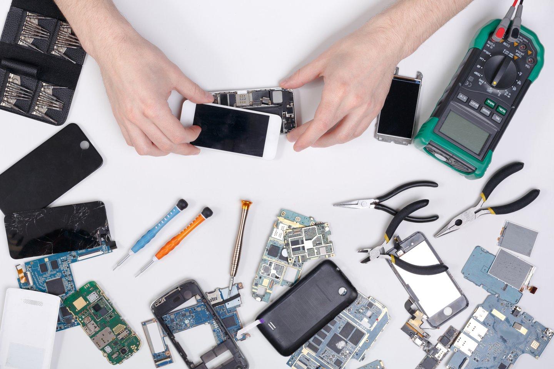 Europoje antrdienį startuoja naujas telefonų draugiškumo aplinkai vertinimas.<br>123rf nuotr.